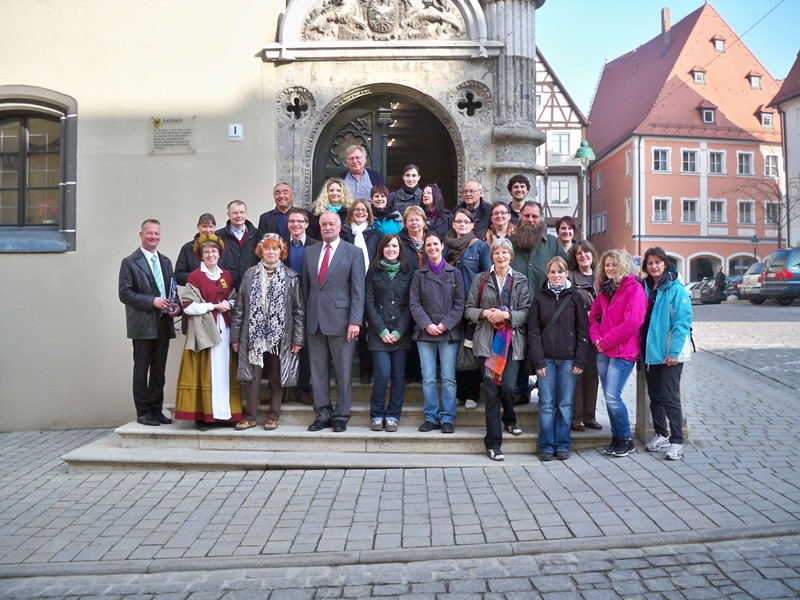 Our friendly and knowledgeable tour guides speak different languages and will take you to the most beautiful sights during our guided sightseeing tours in German cities.